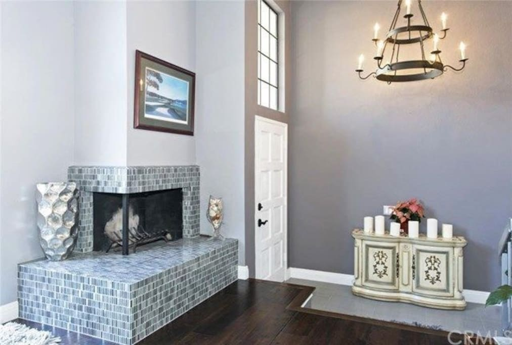 Classy Townhome in Turtle Rock welcomes you to a wonderful and relaxing stay.