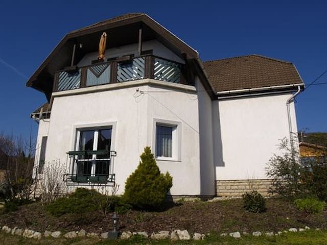House Anna - The legendary view to Lake Balaton - Csopak - Apartmen