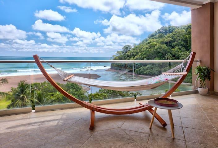 Luxury Ocean View Condo Spacious Terrace 603