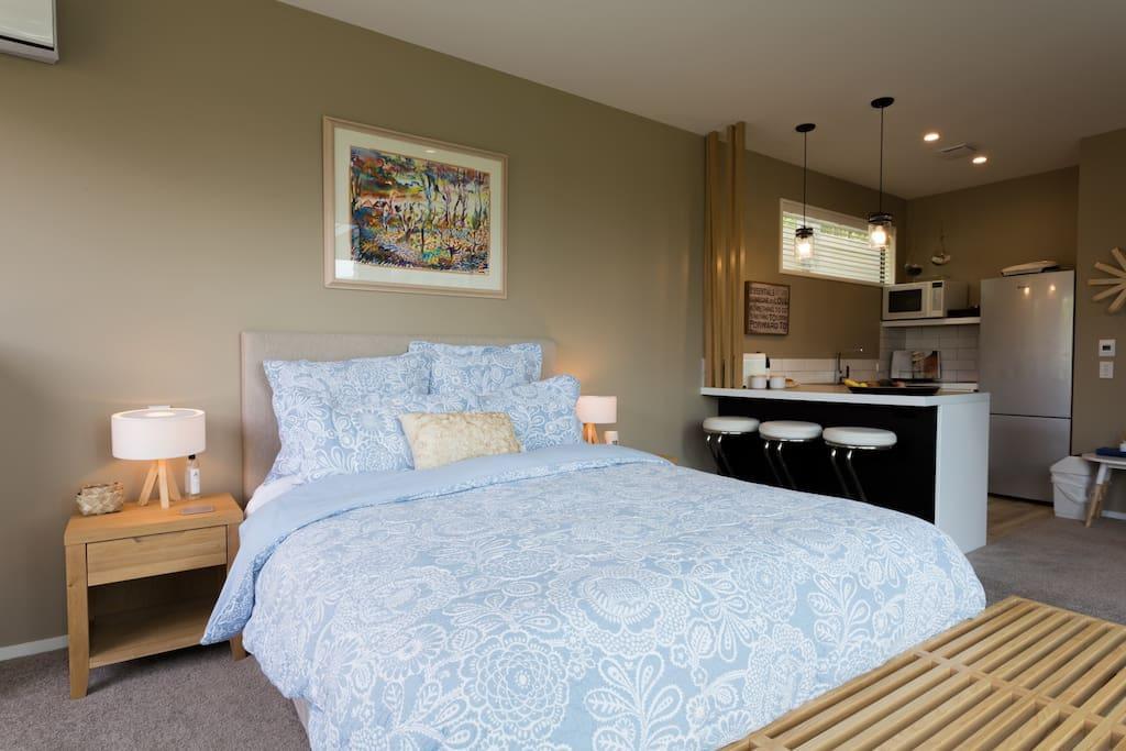 Queen bed with luxury linen