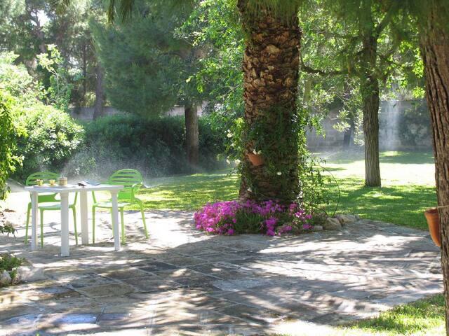Appartamento in villa con parco - Torre Squillace
