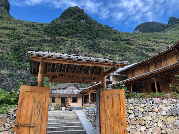 Meo Vac Clay House - Homestay and Restaurant