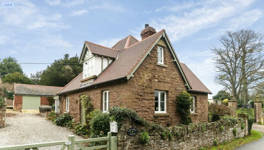 Lady Garden Cottage, escape to Herefordshire!