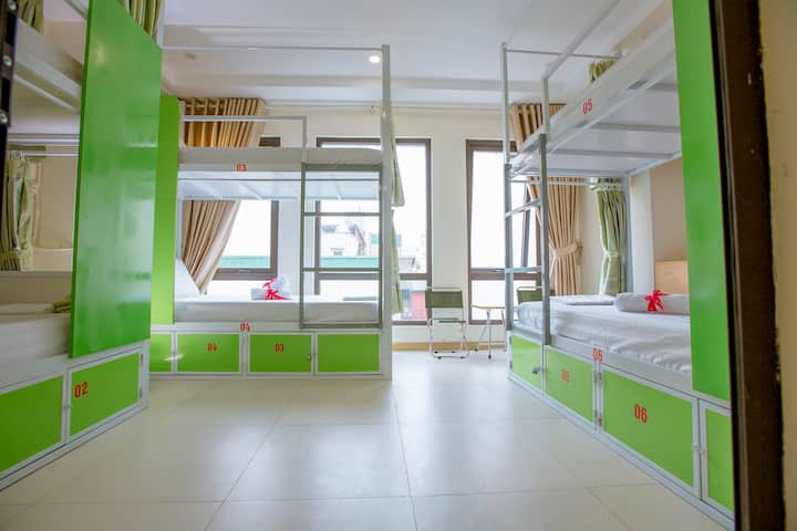 Bed in 6 Bed Mixed Dormitory Room