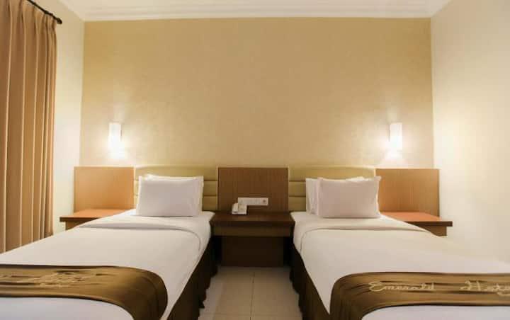Emerald Hotel Surabaya
