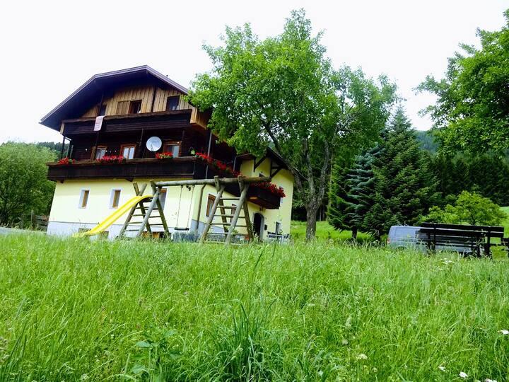 Kärnten,Haus und Hof Bär