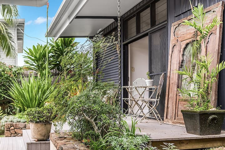 Absolute Bangalow Studio***  10 mins to Byron Bay
