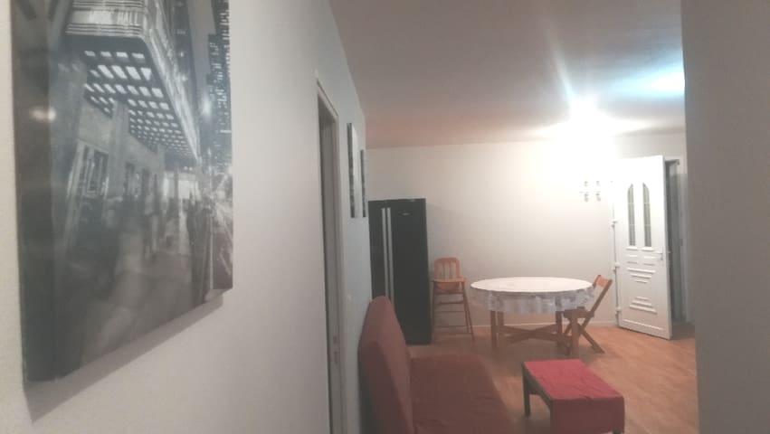 Charmant appartement à la campagne.