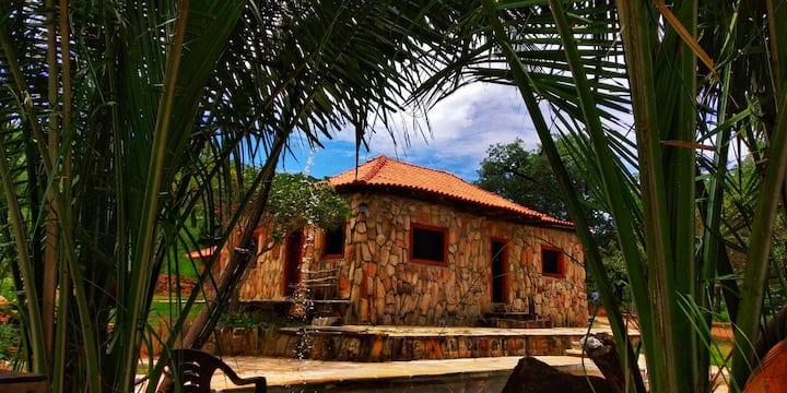 Casa de Pedra. 15km de Pirenópolis