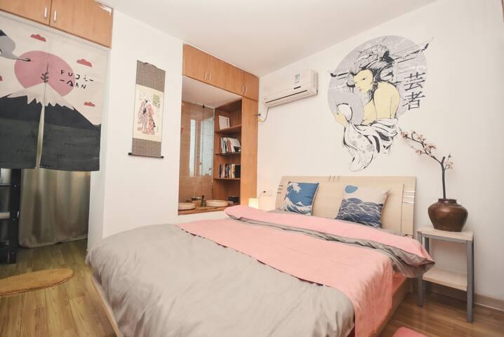 【故事博物馆】近西湖河坊街地铁口电梯日式范儿公寓 - Hangzhou - Apartamento