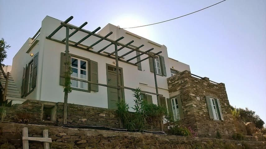 Sea View House on Sifnos Island! - Απολλωνία - House