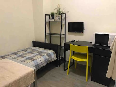 Wan Chai Fully Furnished Studio
