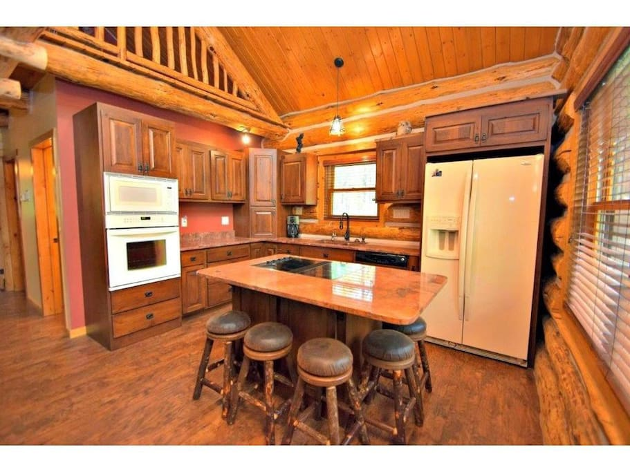 Deluxe Kitchen and Island