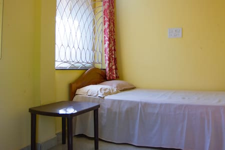 Comfortable room for solo traveller - Anjuna - Guesthouse
