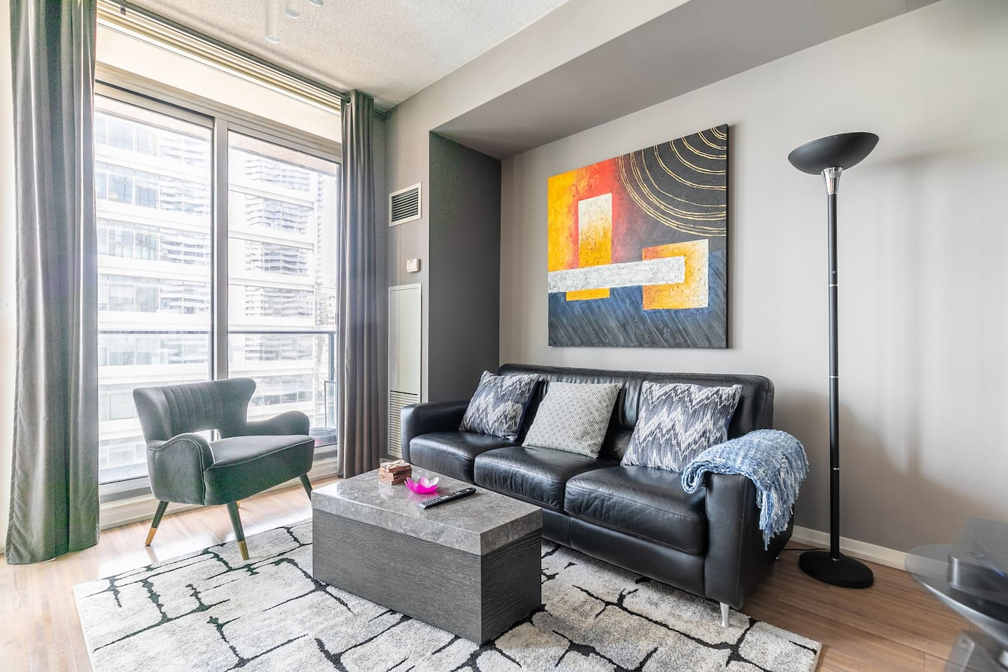 Beautifully designed unit with comfortable couch