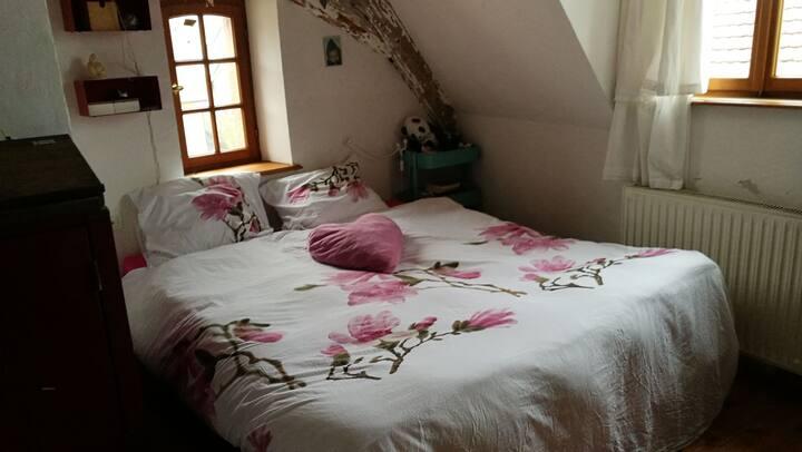Massabielle La petite chambre de Lisa