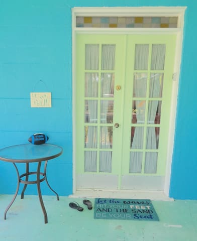 Everything on Tybee is in fun, bright colors!