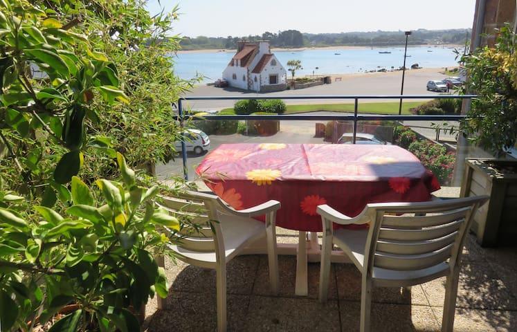 Vue mer, commerces à 50m, classé 3*, terrasse,Wifi