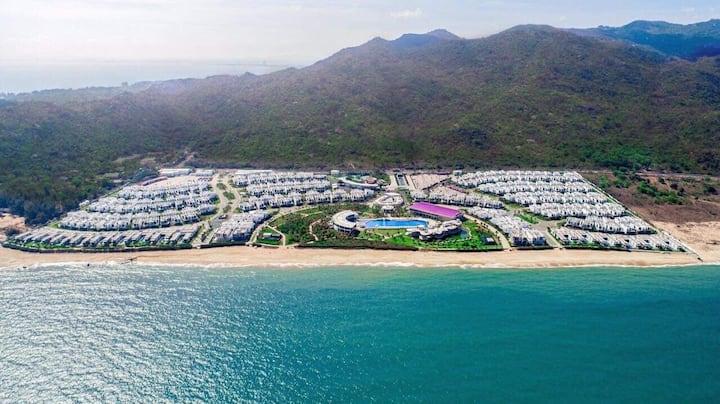 Oceanami Beach Club & Resorts, Villa 3 BR, SeaView