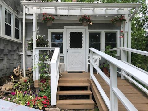 Entire Farm House Retreat on 200 Acres