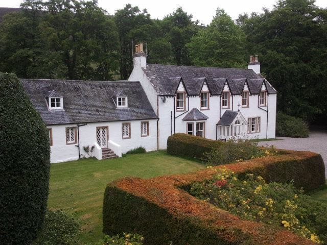 Comfortable Lodge set in the Highlands of Scotland
