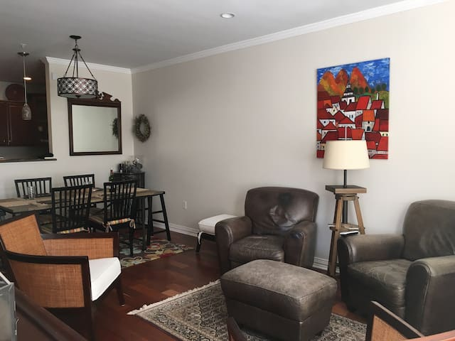 Cherry Creek 2bed/2bath. 3+ mth min. lease
