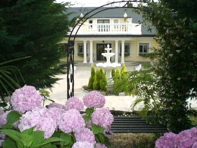 Villa Mil flores