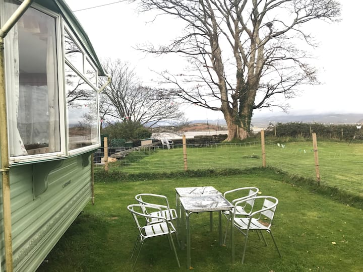 Heated Caravan by the sea,Snowdonia. Dog Friendly