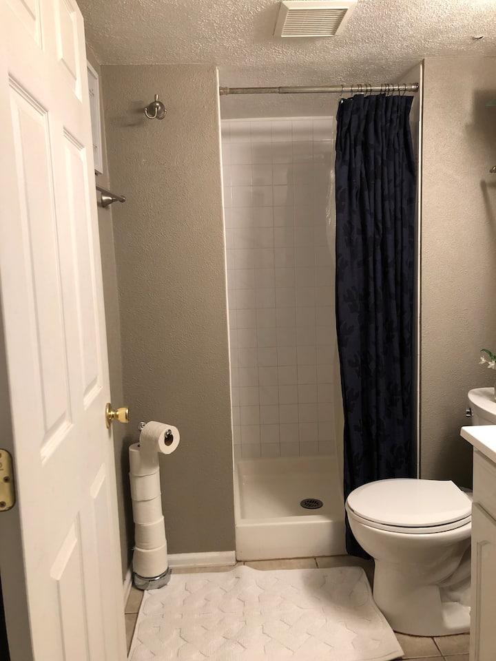 420 Friendly 2 Bedroom Between Denver & Boulder - Guest ...