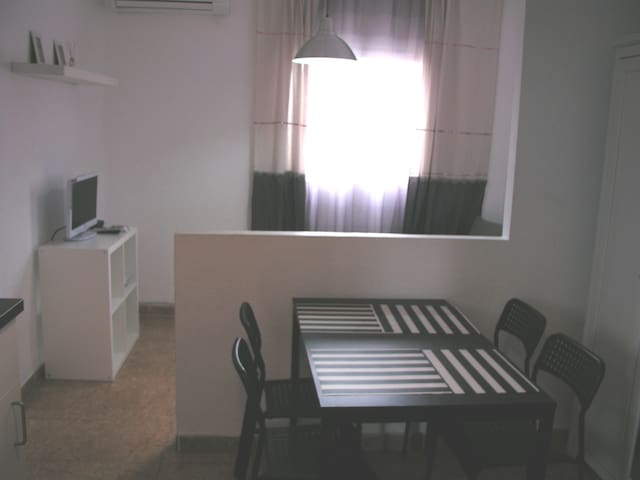 Cosy appartment near the sea - València - Departamento