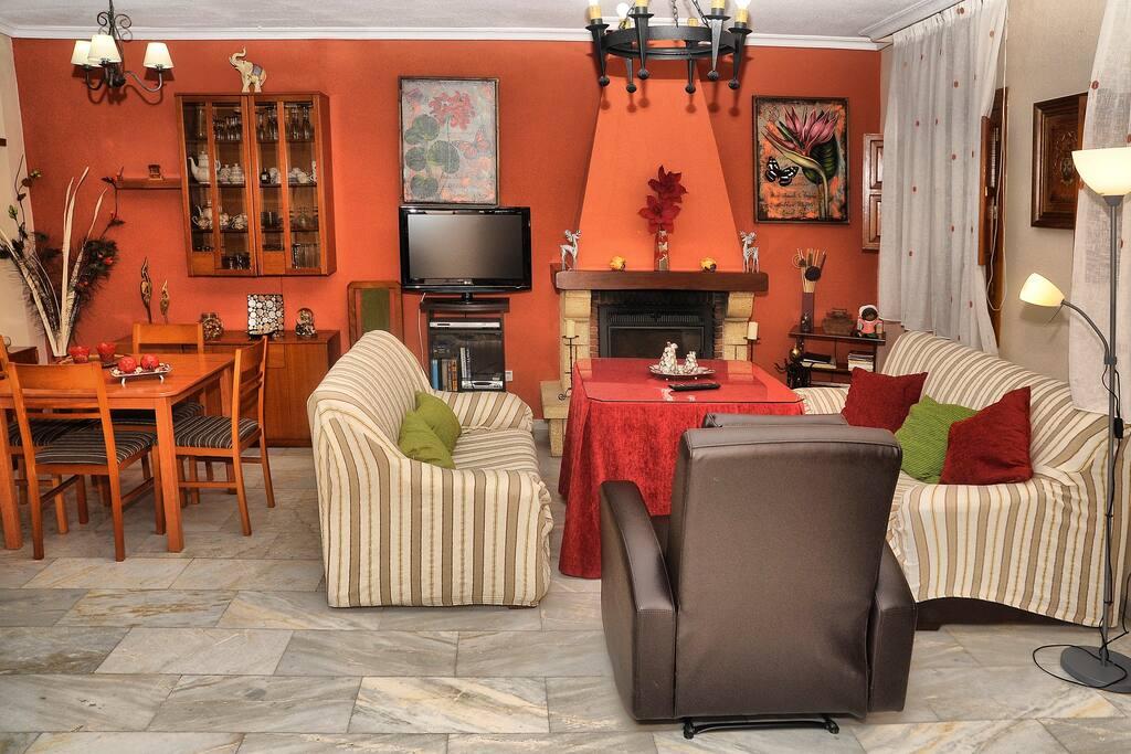 Casa 3 habitaciones casco hist rico casas en alquiler en - Inmobiliarias en cordoba espana ...