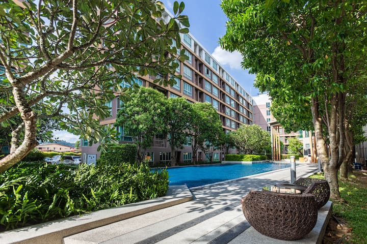 100m Pool, Private internet, Easy 2Patong