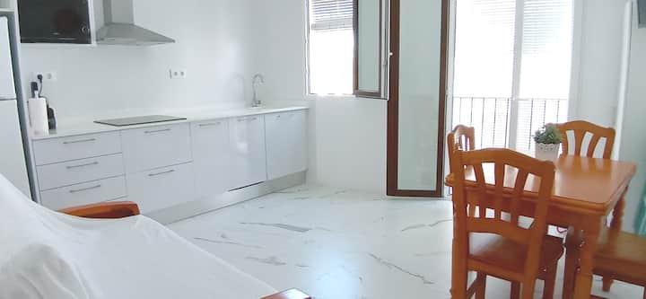 Apartamento Mediterraneo  50m playa,Reformado 2019