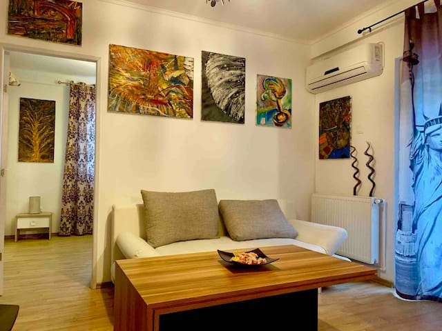 Art Apartment
