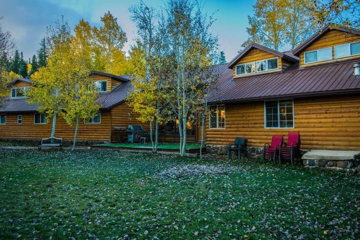 Alpine Forest Lodge, Great fr Family Reunions