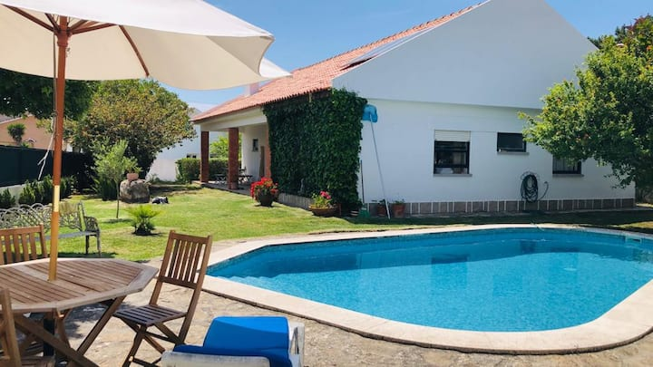 Lovely House with private Pool near Magoito beach