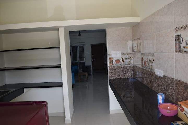 HelloWorld Spring | Private room in 2BHK -01