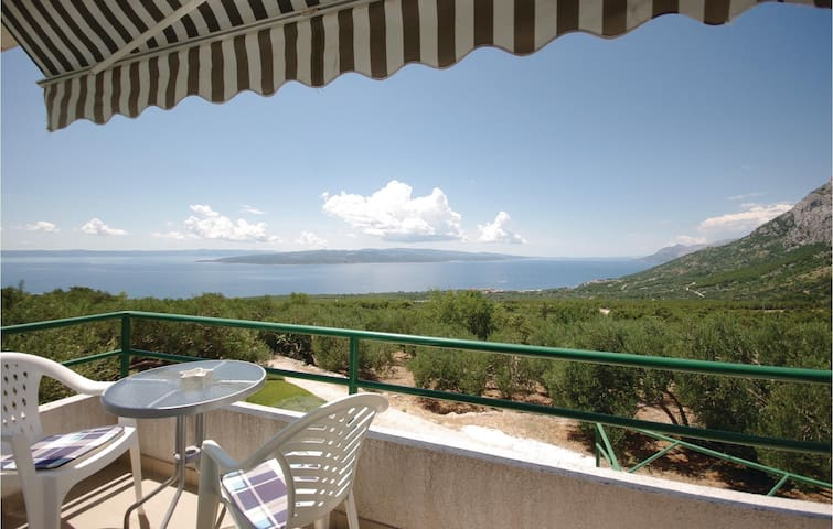 Holiday apartment with 1 bedroom on 37 m² in Bast