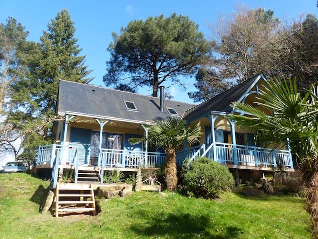 maison en bois,525 euros la semaine - Nivillac - House