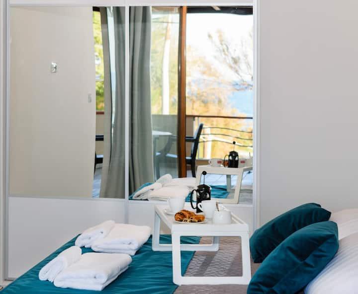 Xenios Dias Luxury Apartments With Sea View   Apartment 1