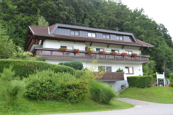 Ferienwohnung zentral gelegen Nähe Faaker See - Sankt Niklas an der Drau