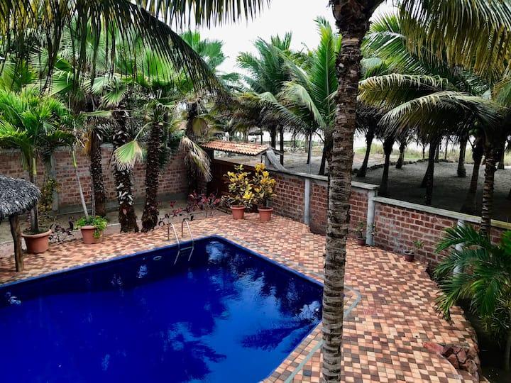 EXCLUSIVO area de playa Privado, toda la propiedad
