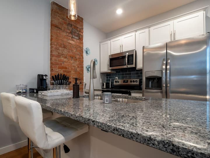Beautiful OTR Condo #3