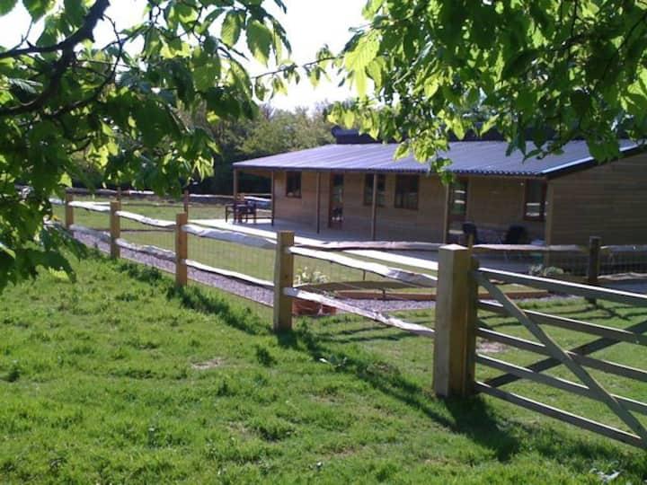 Woodside Cottages - Ash cottage (self-catering)