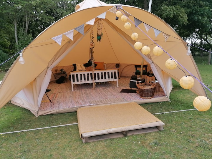 The Zodiac at White Mark Glamping in Watlington