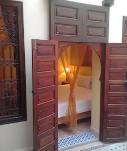 Chambre cosy au cœur de l'antique médina (Riad) - Marrakech