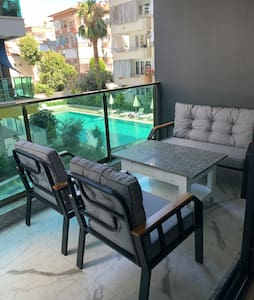 Brand new apartment in the center of Alanya