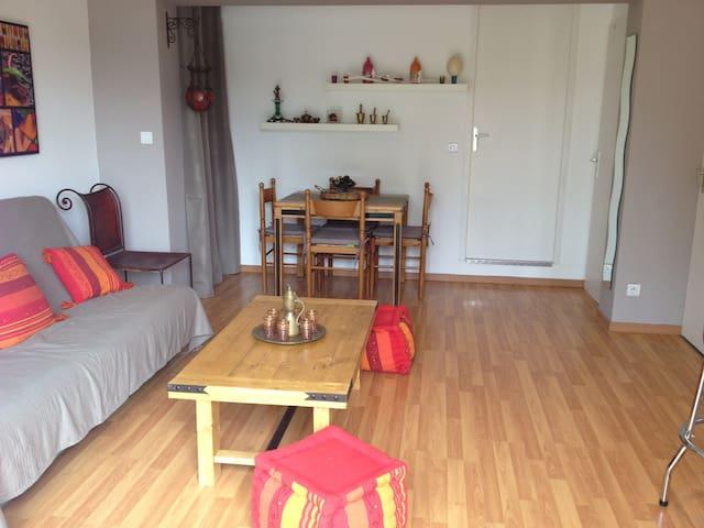 Appartement indépendant RDC villa ST Maximin VAR - Saint-Maximin-la-Sainte-Baume - Byt