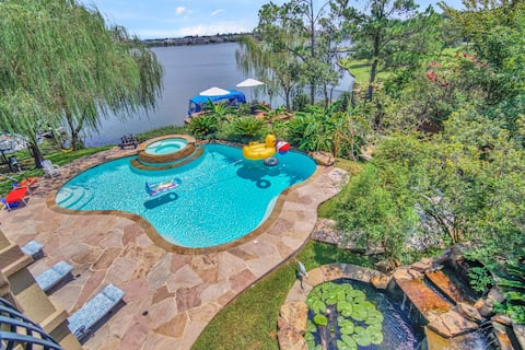 Lake Woodlands is our Oasis in our own back yard !