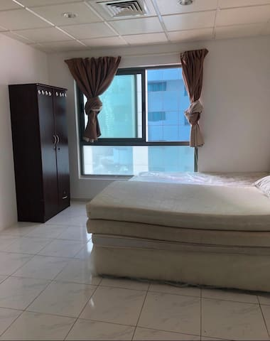 Perfect bedroom for 2 with Burj Khalifa view!